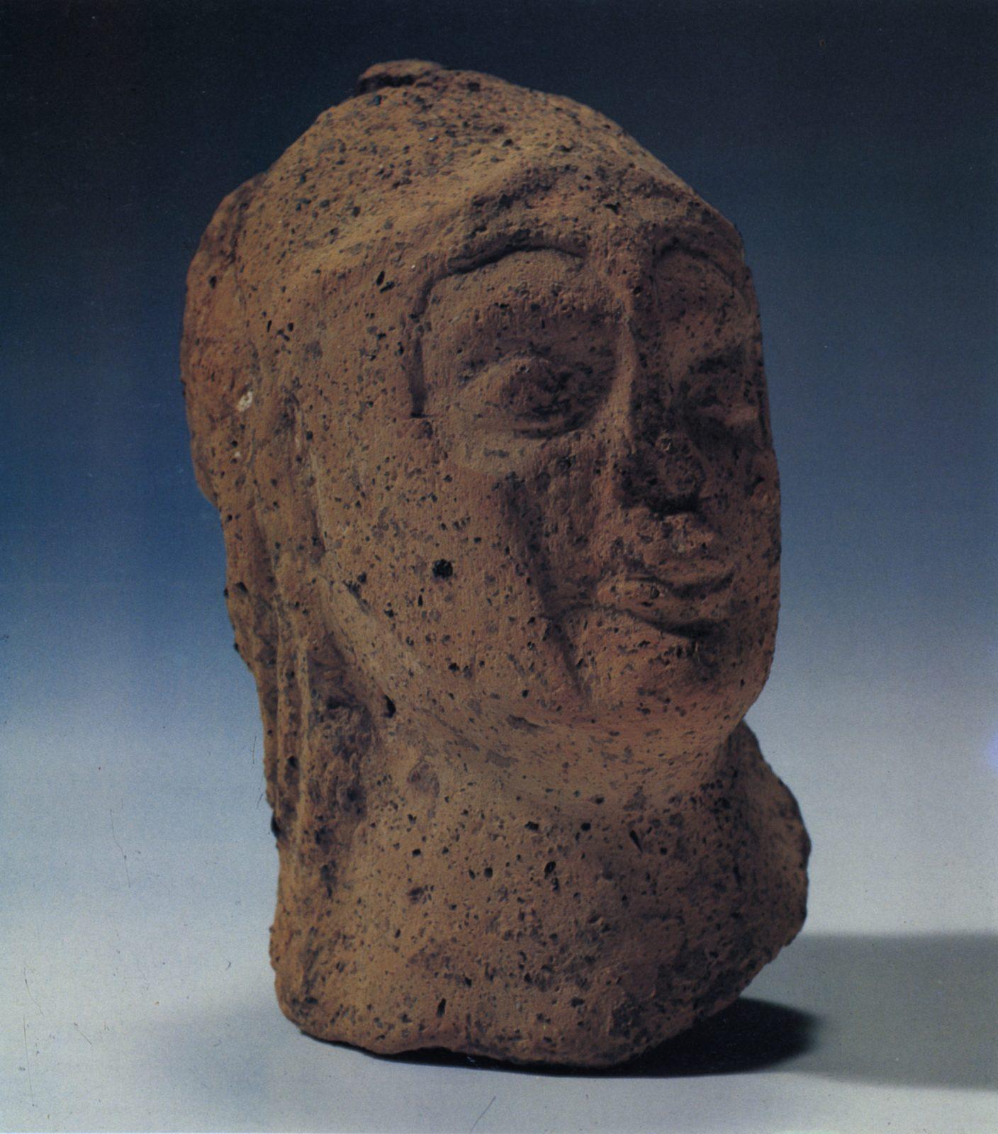 "Museo Civico Archeologico ""Roger Lambrechts"""